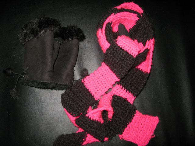 Hurra for mine fluffede handsker og awesome halstørklæde!
