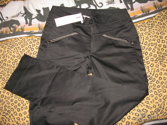 New In - Nye sorte bukser