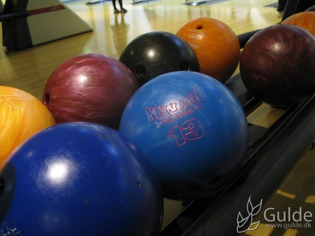 Bowling med arbejde og familie