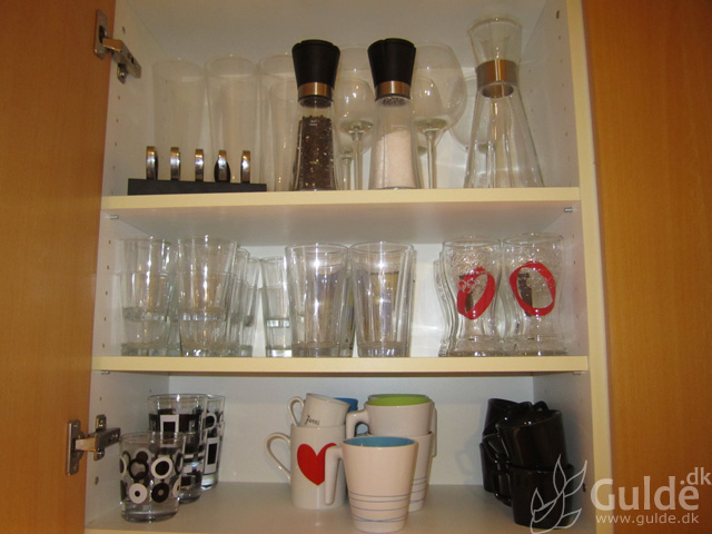 The Declutter Goes On - now in the Kitchen