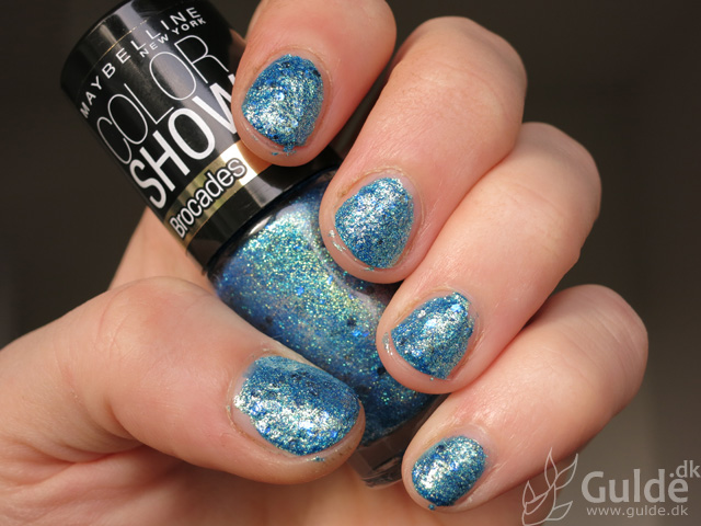 Maybelline Color Show - Brocades - Beaming Blue swatch