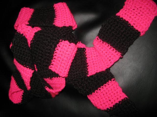 Hjemmehæklet halstørklæde